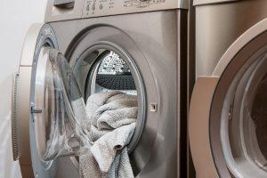 lavar ropa de forma sostenible - strambótica